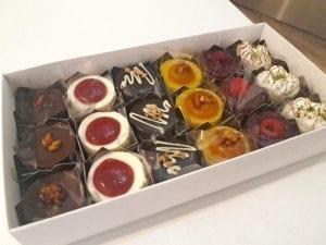 caixa 18 mini tortinhas